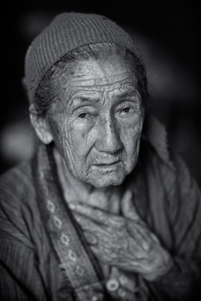 Photo Hmong Grandmother #1
