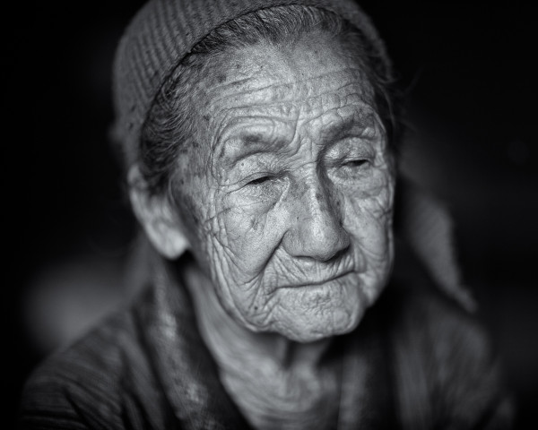 Photo Hmong Grandmother #3