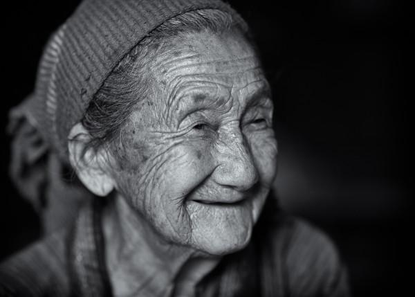 Photo Hmong Grandmother #4